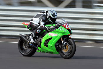 Walters dominant for Kawasaki in opening Prostock round of 2013