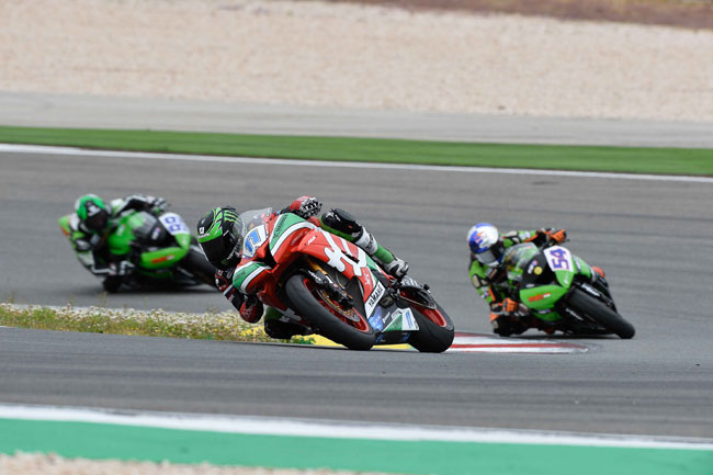 Sam Lowes won his fourth straight WSS race of the season.