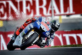 Lorenzo's title bid falls short in tactical MotoGP showdown