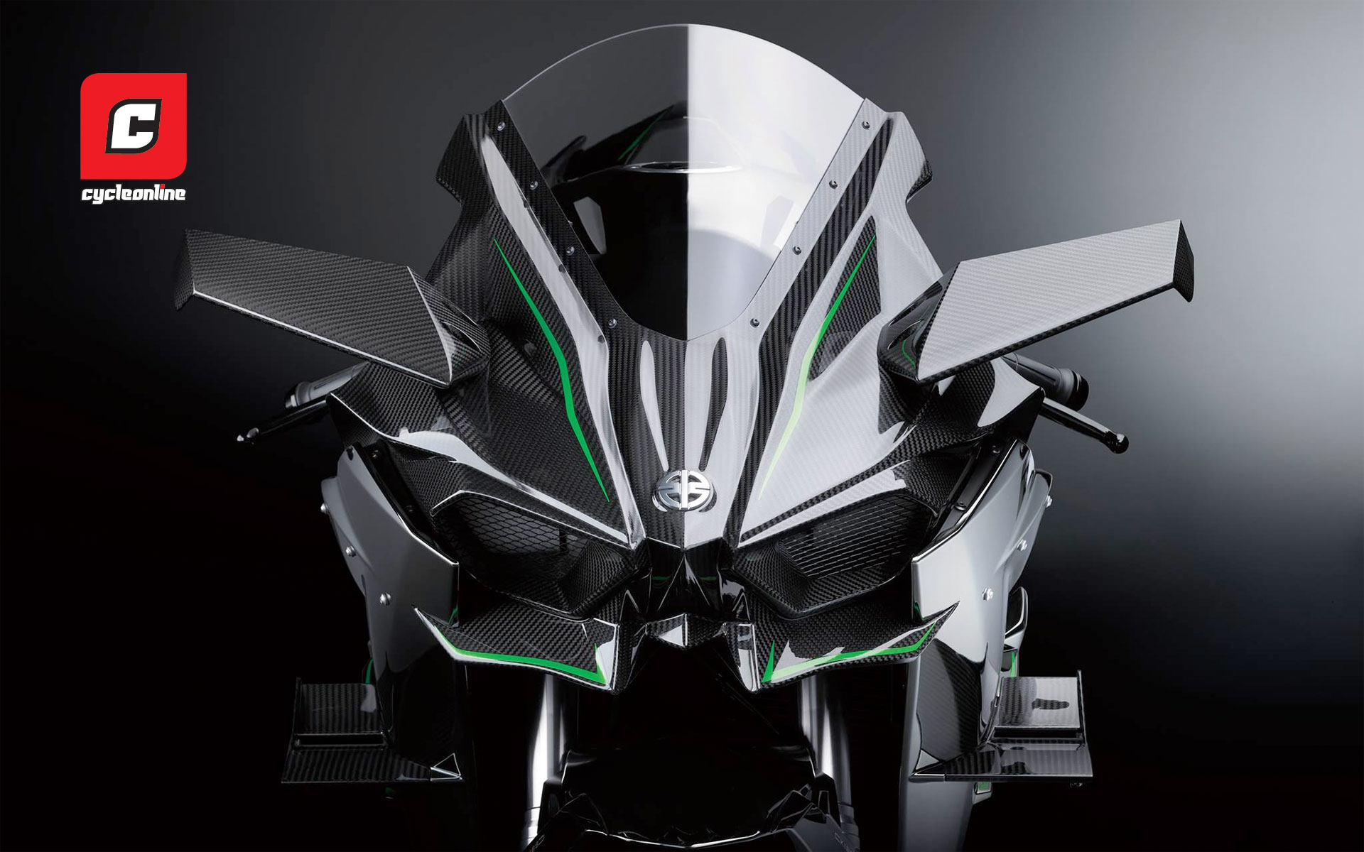 Theres Been A Stack Of Hype Surrounding Kawasakis Ninja H2 Last Night Unveiled In Track Trim As The H2R Complete With Supercharger Expected