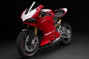 Bike: 2015 Ducati Panigale R