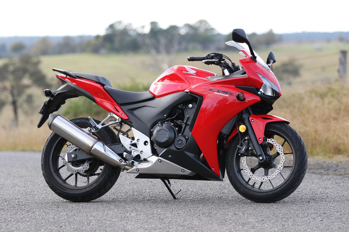 Review: 2015 Honda CBR500R - CycleOnline.com.au