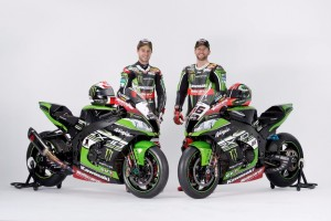 Kawasaki introduces 2016 WorldSBK team