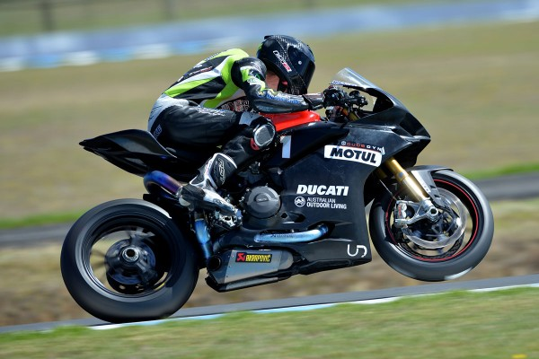 Jones concludes Phillip Island ASBK test on top