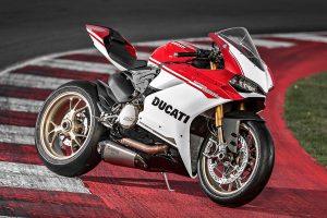 Bike: 2016 Ducati 1299 Panigale S Anniversario