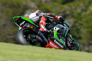 WorldSBK champion Rea sets Phillip Island test benchmark