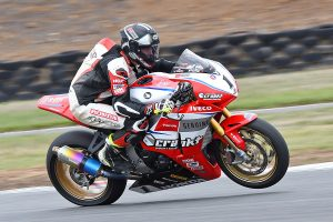 Herfoss claims Wakefield Park ASBK pole position