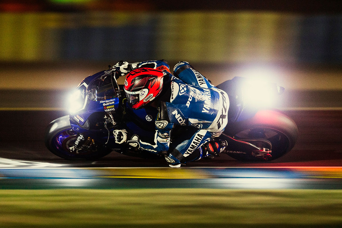 gmt94 yamaha inches to le mans 24 hours victory. Black Bedroom Furniture Sets. Home Design Ideas