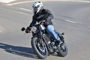 Review: 2016 Harley-Davidson XL1200CX Roadster