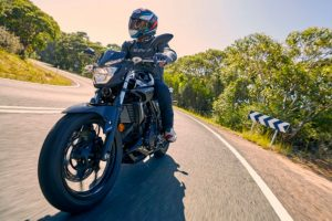 Review: 2016 Yamaha MT-03