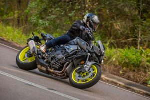 Review: 2016 Yamaha MT-10