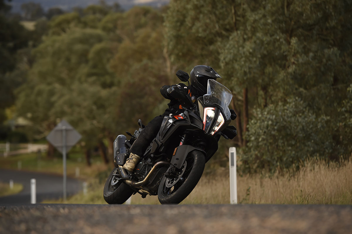 Review: 2017 KTM 1290 Super Adventure S - CycleOnline.com.au