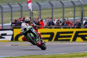 Sykes takes dramatic WorldSBK race one win at Donington Park