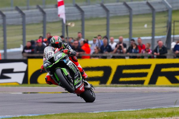 Sykes takes dramatic WorldSBK race one win at Donington Park