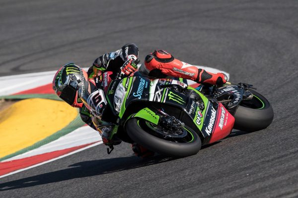 Sykes undergoes succesful surgery on finger injury
