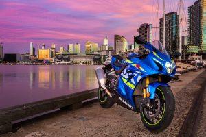 Wallpaper: 2017 Suzuki GSX-R1000R