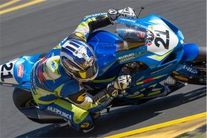 Double win for Waters and new 2017 GSX-R1000