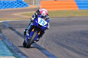Perfect Halliday goes 1-1 in Supersport at Hidden Valley