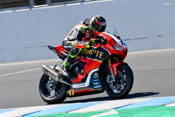 Champion Herfoss endures difficult end to ASBK campaign