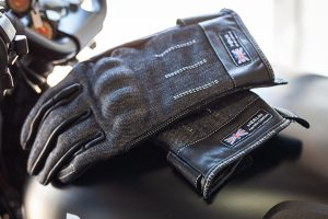 Detailed: 2019 Merlin Icon glove